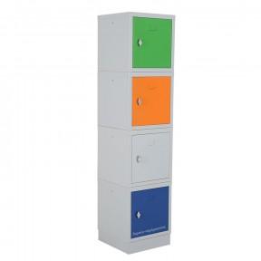 Composition d'un vestiaire avec 4 cases multibox et 1 socle